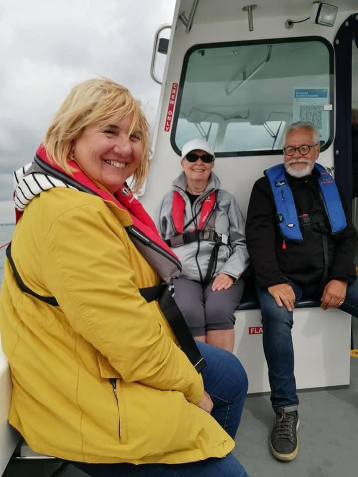 Elaine with member and Cowes Sailability Personnel